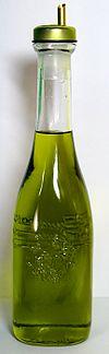 100px-Italian_olive_oil_2007