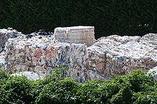 220px-Paper_recycling_in_Ponte_a_Serraglio