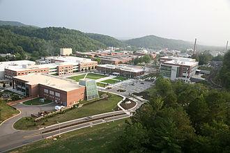 330px-ORNL_Campus_Photo_4